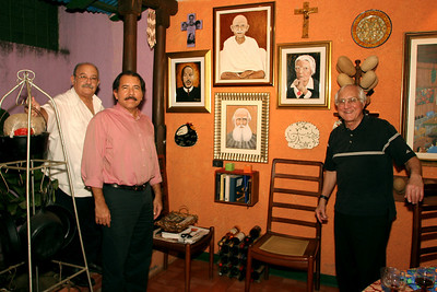 Predisent Daniel Ortega, Fr. Miguel D'Escoto, Bishop Tom Gumbleton, Nicaragua (Panetta)