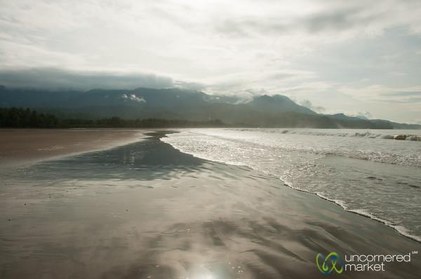 Bahia Ballena, Early Morning Walk - Costa Rica
