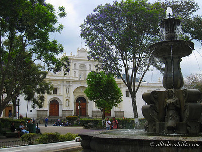 Antigua's Parque Central