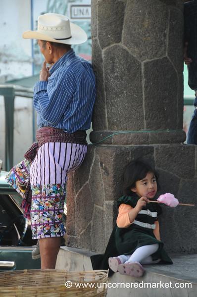 Guatemalan Father and Daughter - Santiago La Laguna, Guatemala