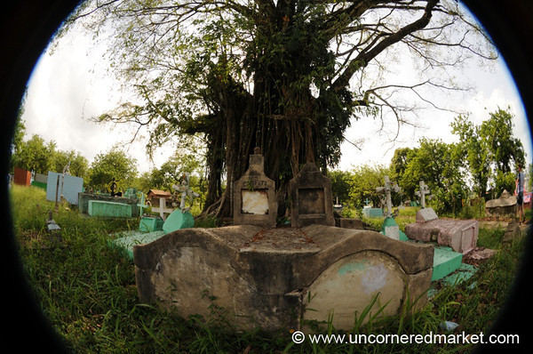 Livingston Cemetery, Fisheye - Guatemala