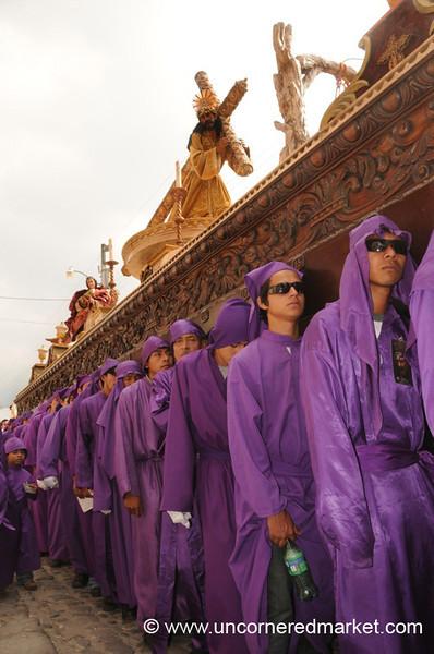 Semana Santa Cucuruchos - Antigua, Guatemala
