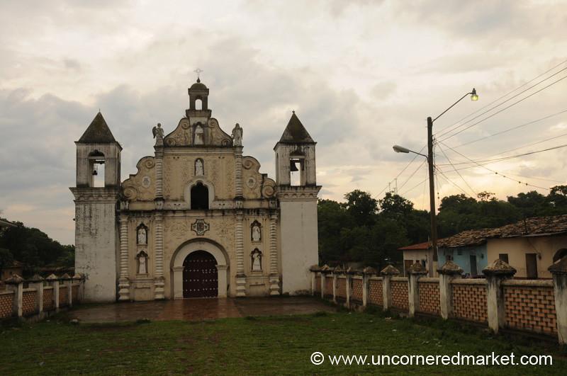 Iglesia Las Mercedes - Gracias, Honduras