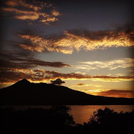 Sundown over Lake Nicaragua. Hangin' @jicaroeco #vistajunkie