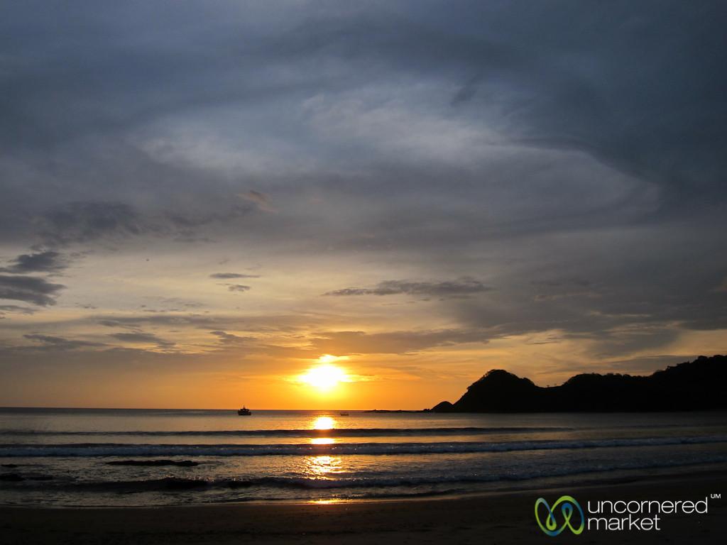 Sunset Over Pacific Island - Morgan's Rock, Nicaraguat