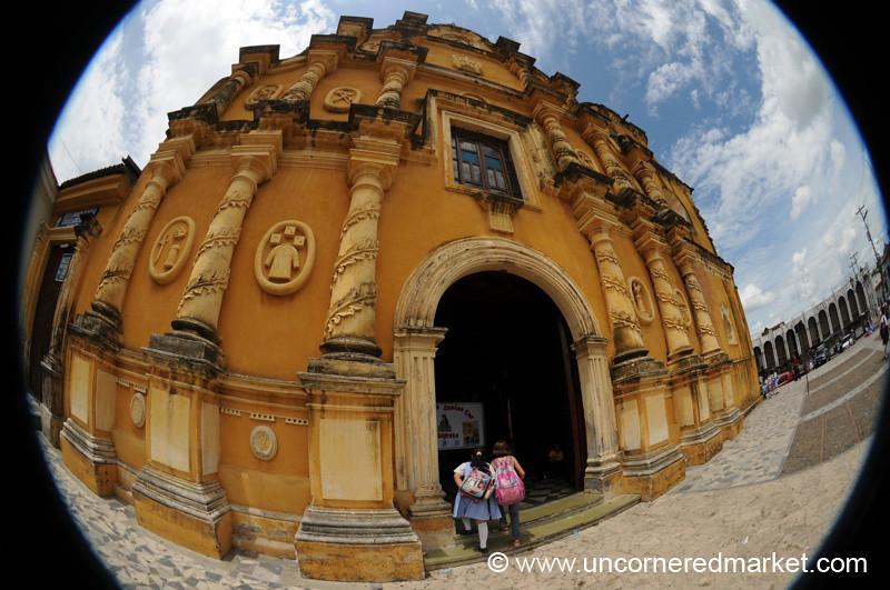 Leon, Nicaragua: Iglesia de la Recoleccion