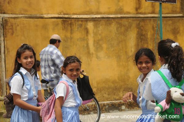 Leon, Nicaragua: Friendly Banter