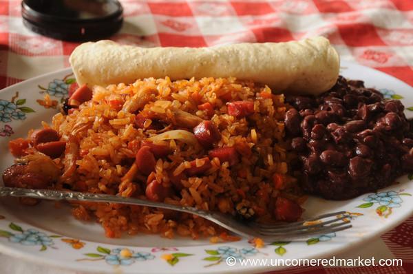 Leon, Nicaragua: Market Food