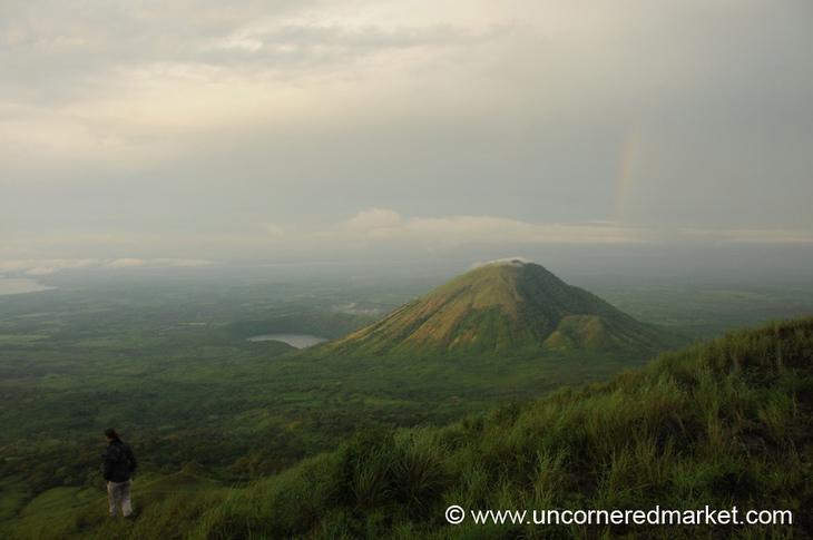 Slight Rainbow Left - El Hoyo, Nicaragua