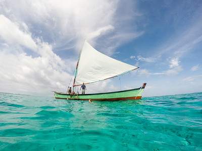 Sailing on a Miskito boat on Little Corn Island
