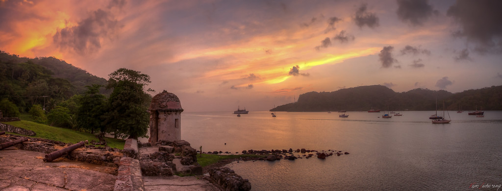 Gate to the Caribbean    Portobello - Panama