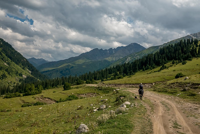 Trekking in the Jrygalan in the Issyk-Kul province of Kyrgyzstan.