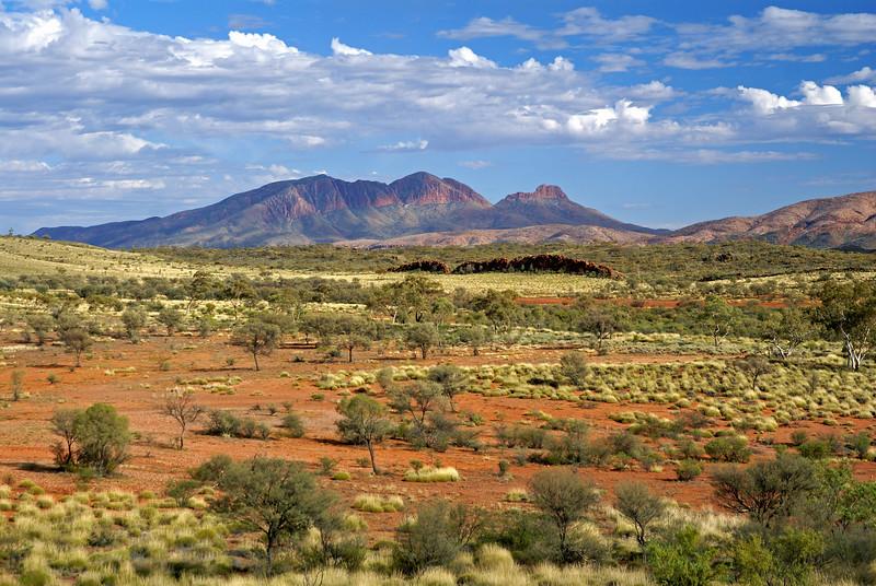 Mount Sonder colours