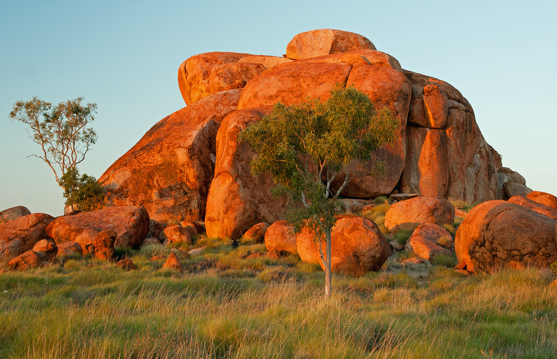 Devil's Marbles afternoon glow