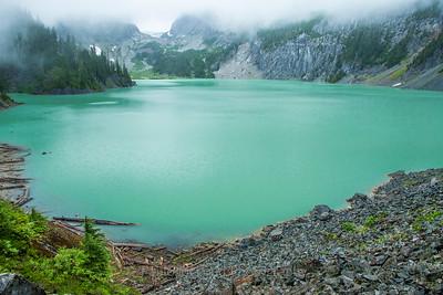 Bonita Blanca Lake