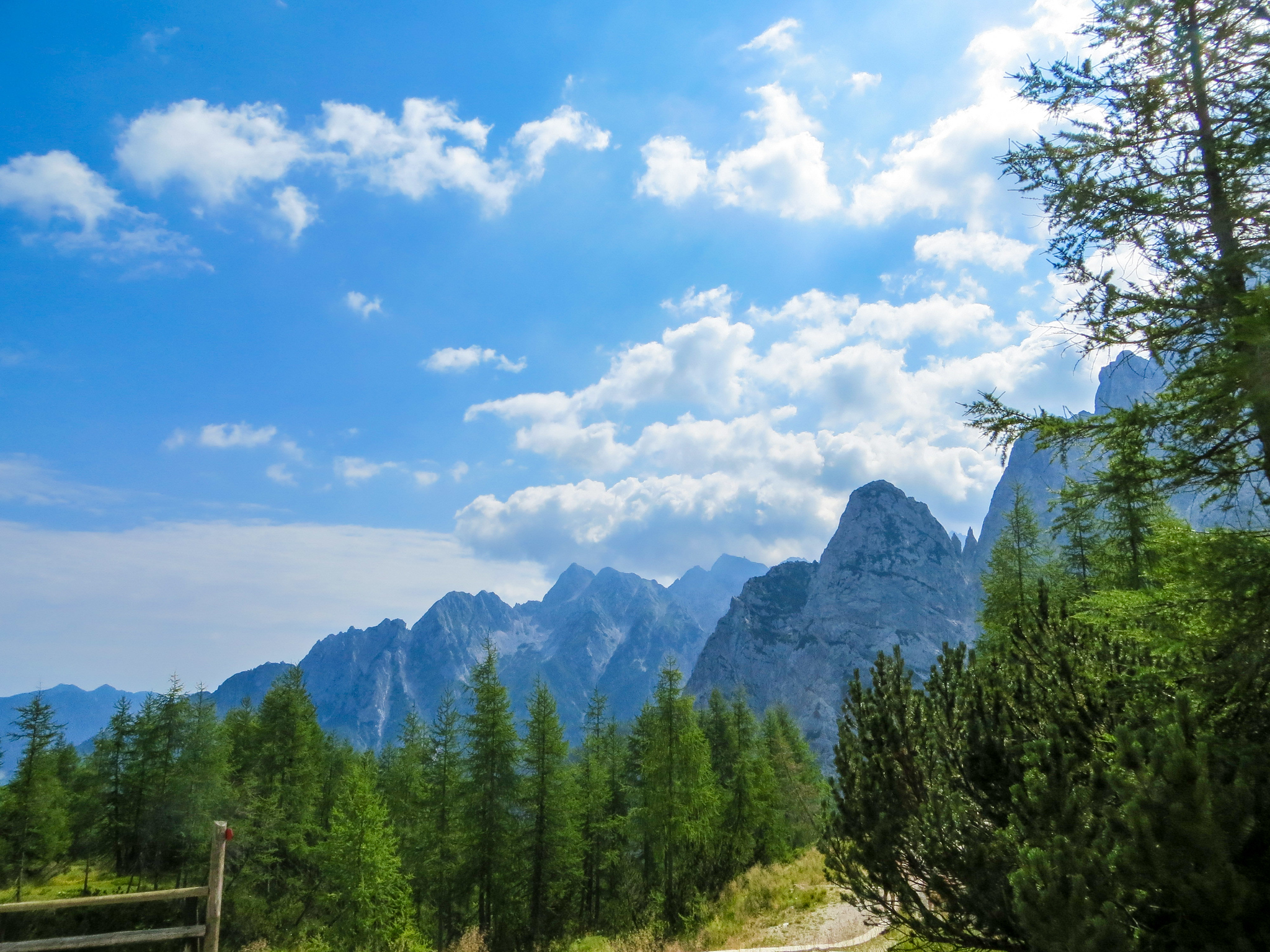 the julian alps are the coolest things to do in bled