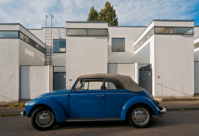 Blue VW Beetle at Weissenhof Estate