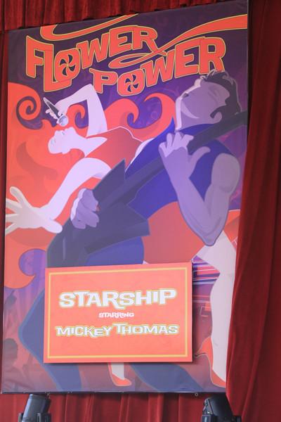 Starship with Mickey Thomas