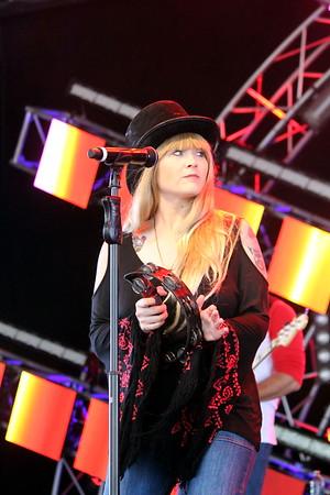 RUMOURS A Fleetwood Mac Tribute2