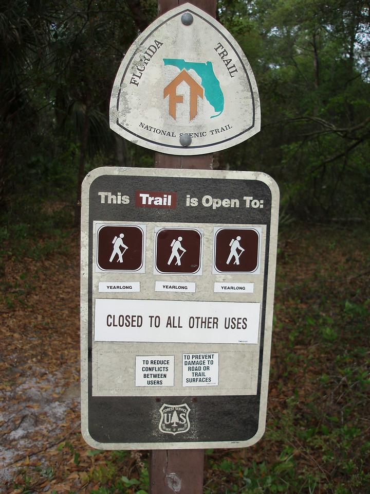 Old trail sign along the Cassia segment<br /> Photo credit: FTA / Bob Coveney