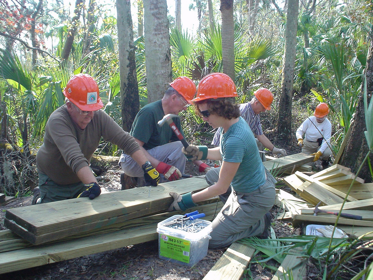F-Troop at work<br /> PHOTO CREDIT: Bob Woods / Florida Trail Association