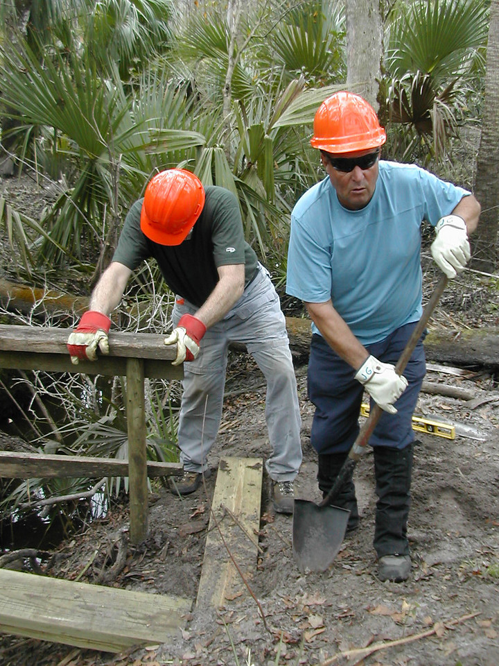 F-Troop at work<br /> PHOTO CREDIT: Sandra Friend / Florida Trail Association