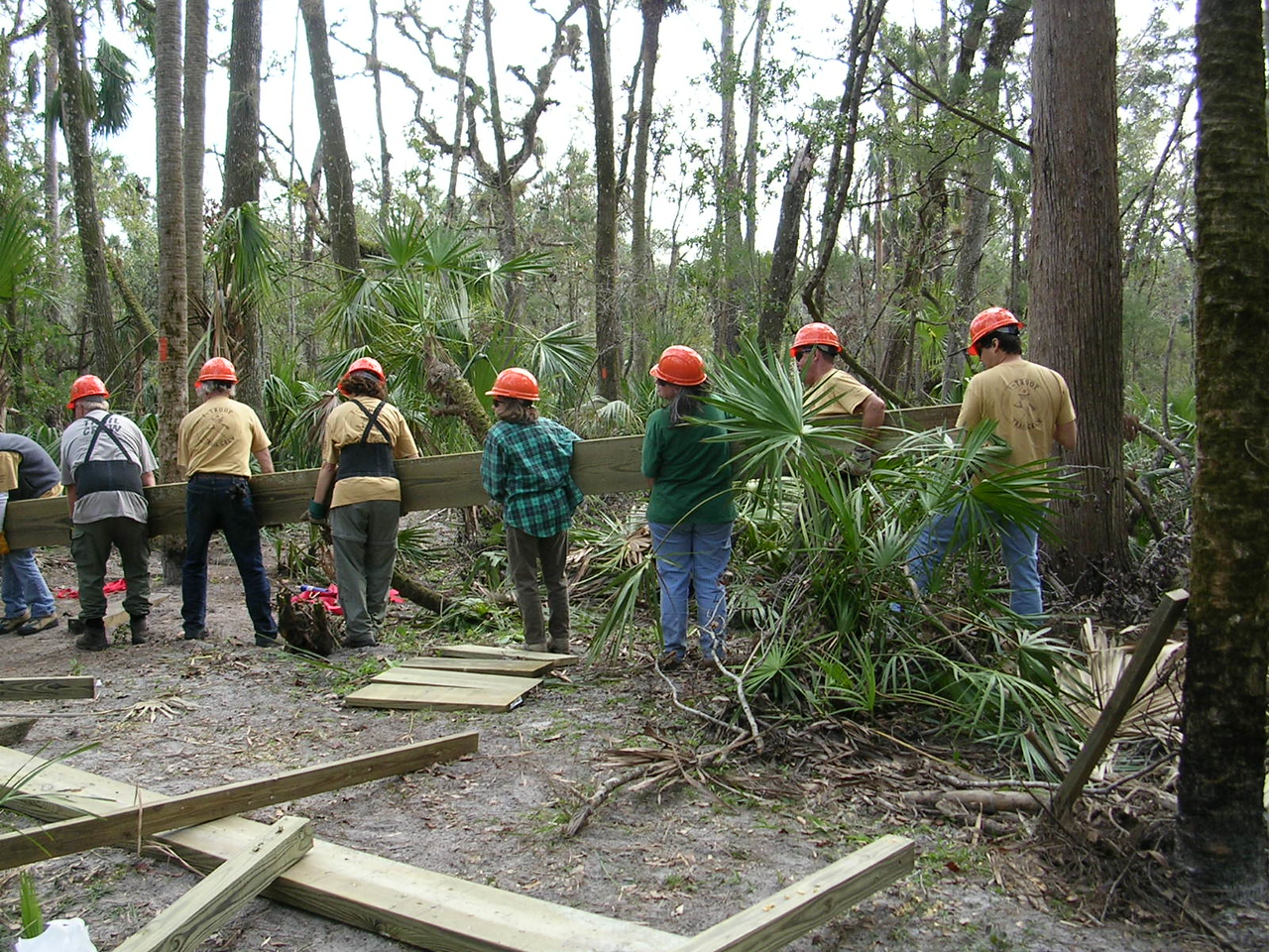 It takes teamwork: F-Troop at work<br /> PHOTO CREDIT: Roger Werner / Florida Trail Association