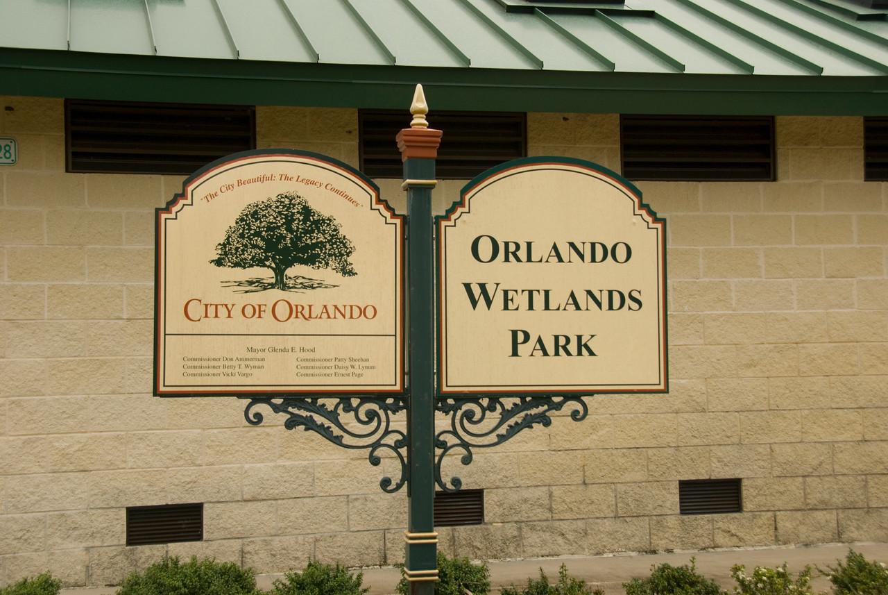 Entrance sign<br /> PHOTO CREDIT: M. Timothy O'Keefe / Florida Trail Association