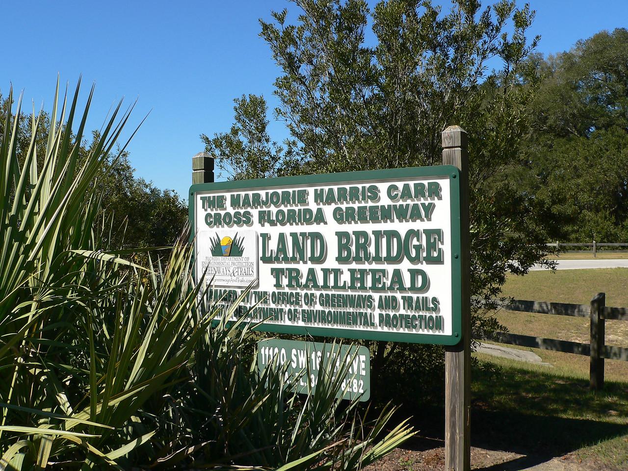 Land Bridge Trailhead<br /> PHOTO CREDIT: Florida Trail Association / Diane Dammiller