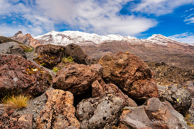 Huge colourful volcanic rocks on Ruapehu