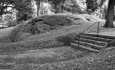 Steps and Schist _ bw