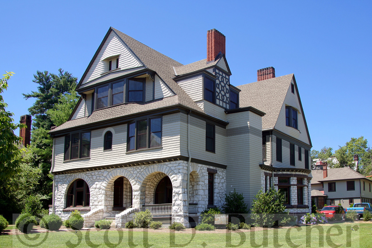 The John Schmidt House in York, PA is an example of the American Shingle Style of architecture. Photo by Scott D. Butcher.