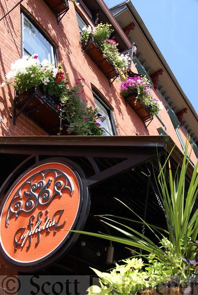 Effie Restaurant