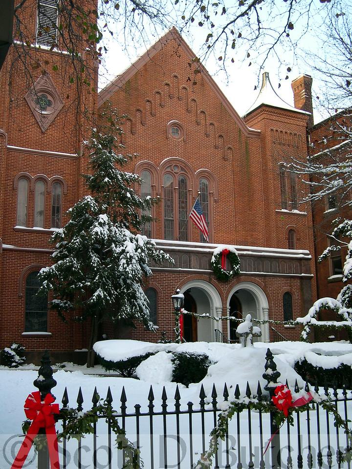 Trinity UCC, Winter