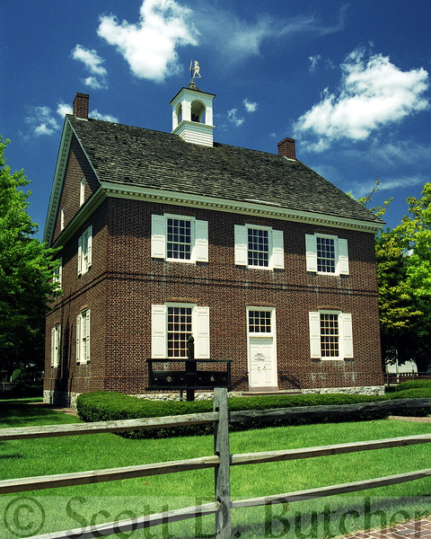 Replical of First York County Court House (Colonial Court House).