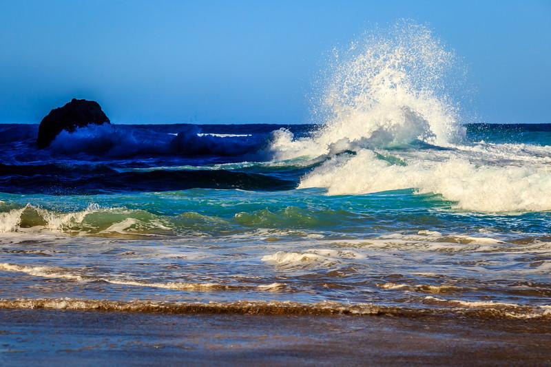 Waves at Hanakapi'ai Beach – Kauai