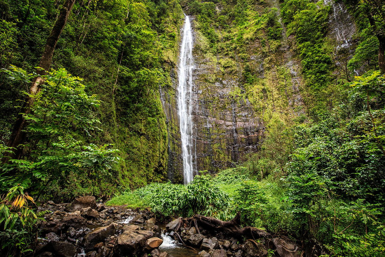 Waimoku Falls (400 ft.) on Pipiwai Trail - Maui