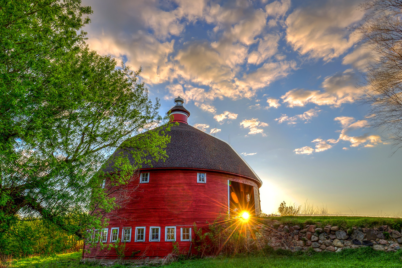 Rogers Round Barn #1 - Rogers, MN
