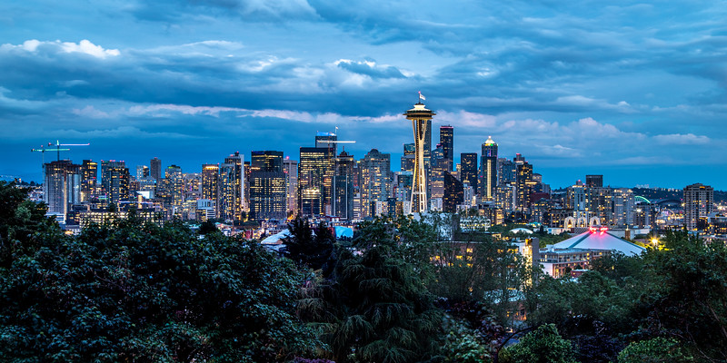 Seattle Skyline (Pano) – Kerry Park