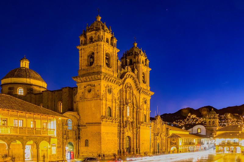 Iglesia De La Compañia De Jesús on Plaza de Armas in Cusco (©simon@myeclecticimages.com)