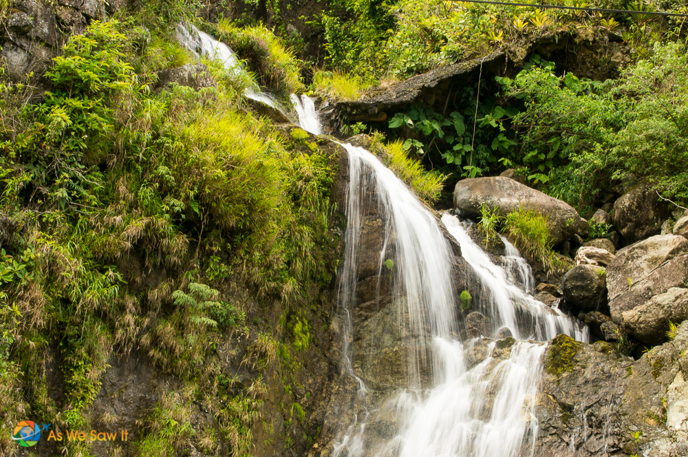 One of the many waterfalls on a Boquete road