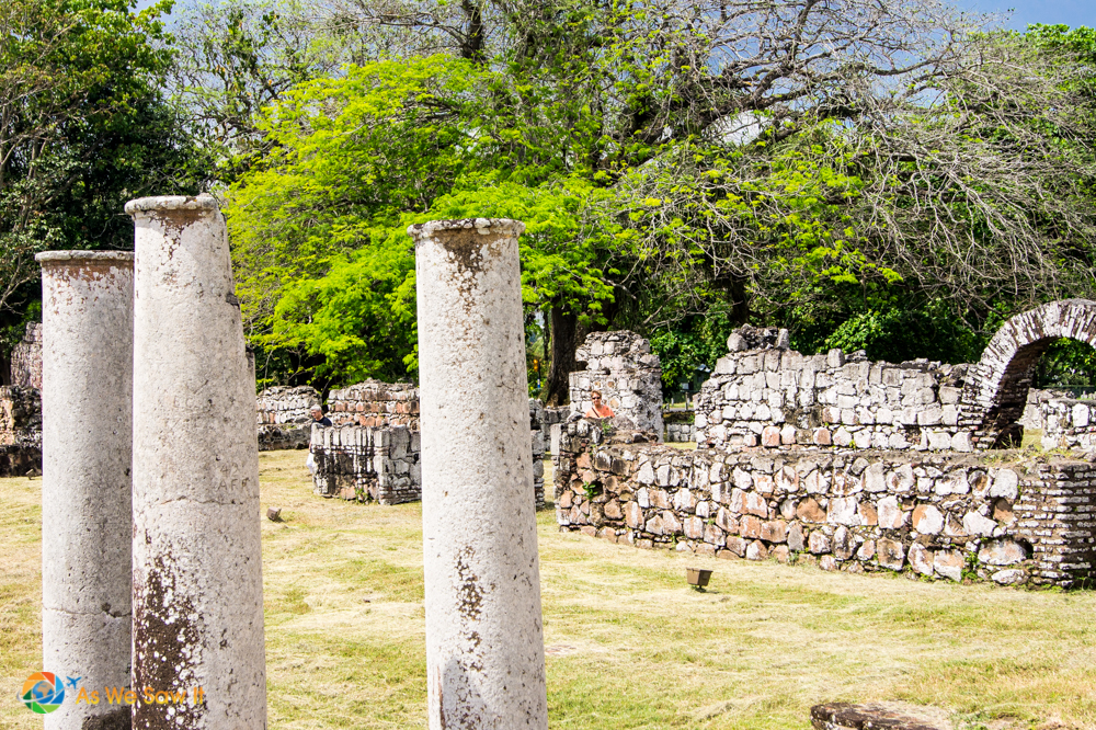 Amazing that columns and arches still stand at Panama Viejo