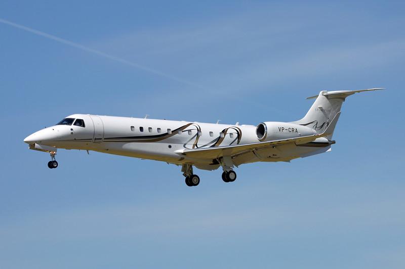 VP-CRA Embraer ERJ-135BJ Legacy 650 c/n 14501196 Paris-Le Bourget/LFPB/LBG 10-07-16