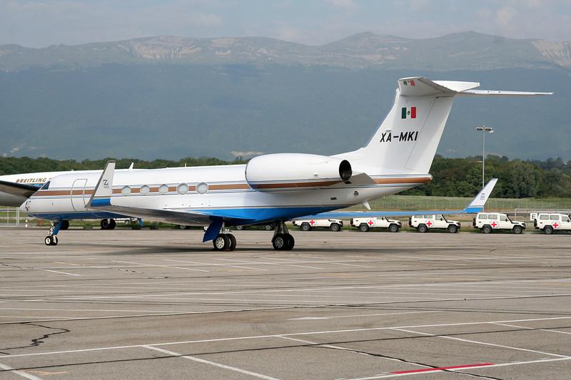 XA-MKI Gulfstream G5 c/n 664 Geneva/LSGG/GVA 12-09-06
