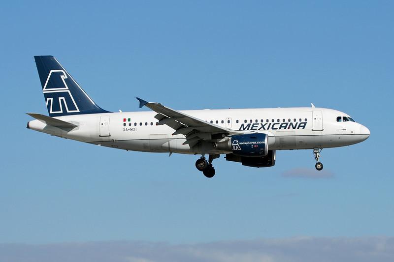 """XA-MXI Airbus A319-112 """"Mexicana"""" c/n 1742 Miami/KMIA/MIA 04-12-08"""