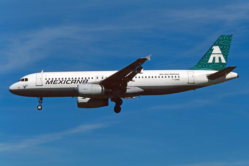 "F-OHMK Airbus A320-231 ""Mexicana"" c/n 0296 Los Angeles/KLAX/LAX 08-03-04 (35mm slide)"