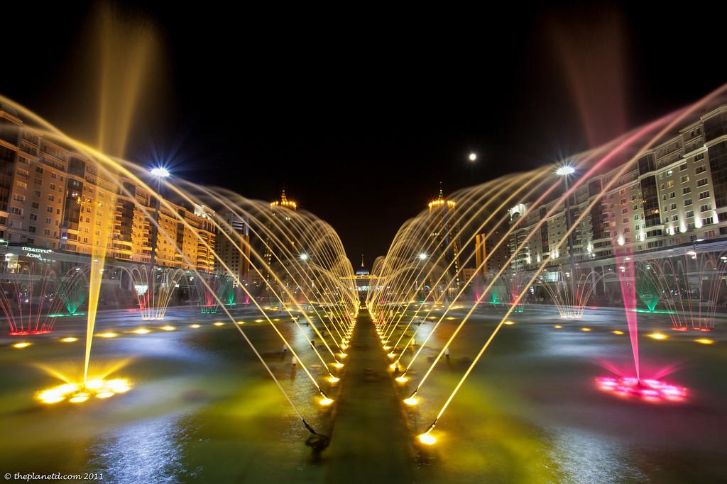 Astana-Kazakhstan-fountain-show