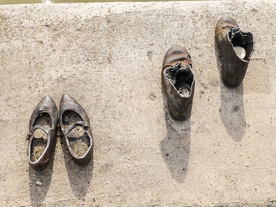 Holocaust Monument - Bronze shoes honoring Jews killed by the Arrow Cross militia.