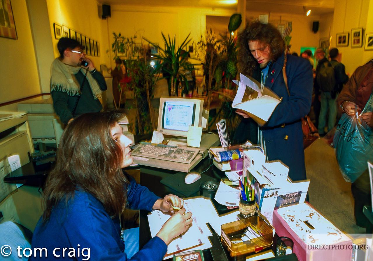 Centre LGBT, IDF, Acceuil, Rue Keller, 1996