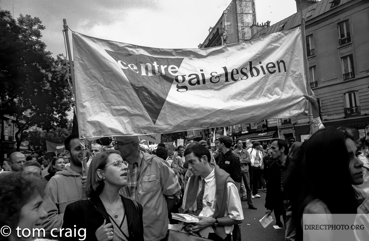 Centre LGBT, Paris-IDF, Manifestation Contre Fermeture d'etablissements Gaies, avec Act Up et le SNEG, 9/7/1997